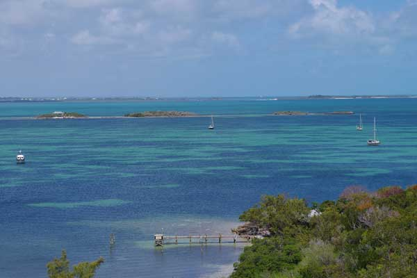The beautiful anchorage just outside of Hopetown Harbor.